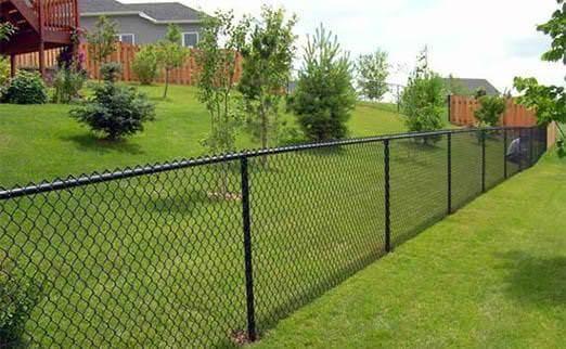 Забор из сетки что делать
