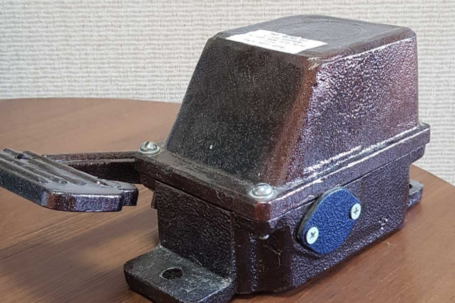 Путевой выключатель<br>НВ 702 Выключатели